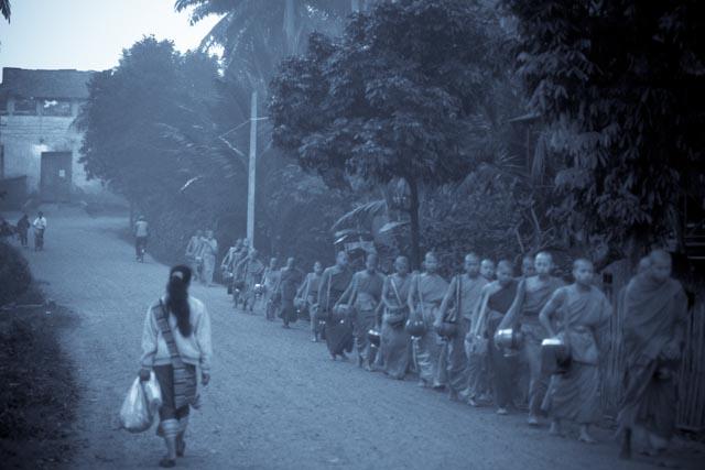 Luang Prabang, Procession © ppc