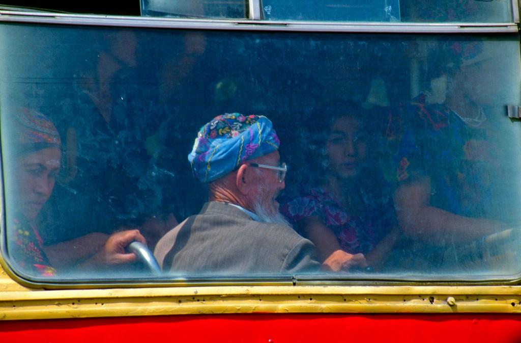 Tadjik, sur la route de Samarcande, Ouzbékistan © ppc