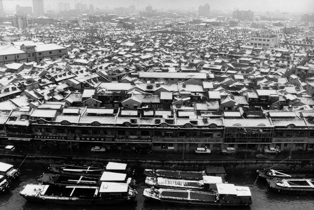 Lu Yuanmin © Suzhou he, 1992, www.beaugeste-gallery.com