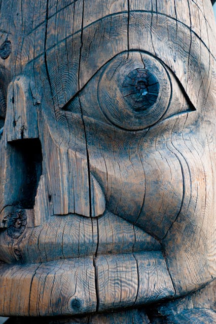 Détail, Haida pole, UBC Museum of anthropology, Vancouver © ppc