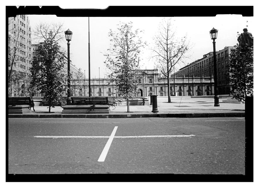 ©Lotti Rosenfeld, La Moneda, 1985.